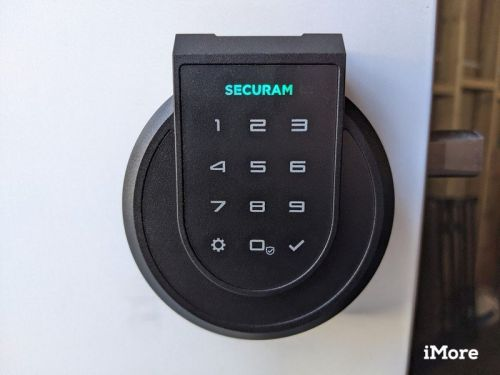 Review: The Securam Touch Smart Lock has a pinpad and fingerprint reader