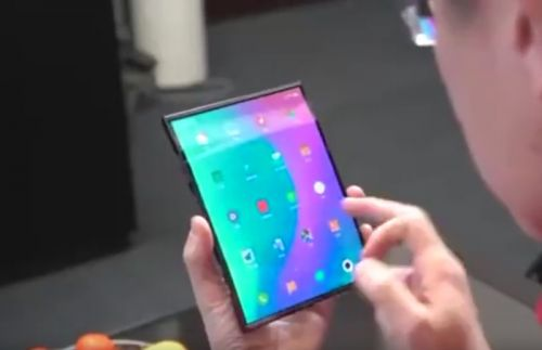 Xiaomi Foldable smartphone shown off on video