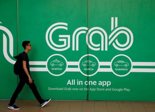 Toyota pumps $1 billion into Grab as auto industry bets big on ride-hailing startups
