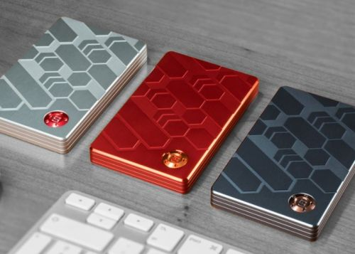 Build your perfect wallet with the Zeus modular wallet, tracker, RFID and more
