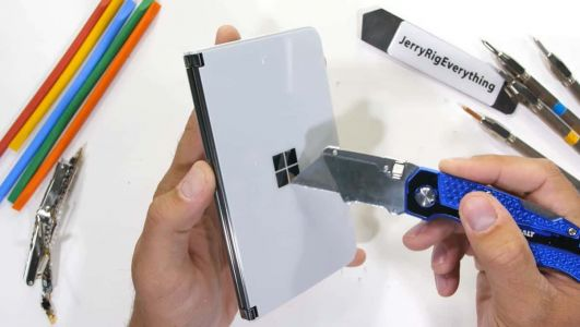 Teardown Video Shows Microsoft Surface Duo Is Robust & Durable