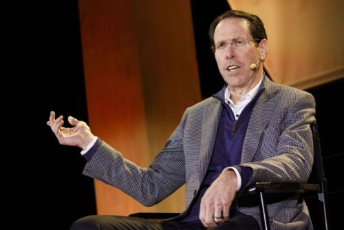 AT&T CEO urges Congress to block state net neutrality and privacy laws