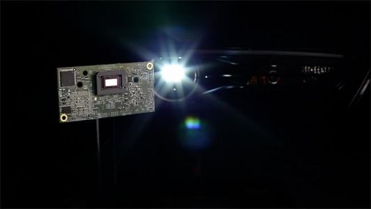 Texas Instruments chip can adapt high-beam headlights for oncoming drivers