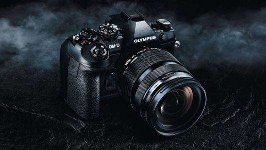 Olympus OM-D E-M1X micro four thirds camera revealed in leaked photos