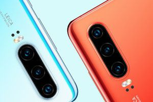 Huawei P30 is out, an iPhone XR and Galaxy S10e rival with low-light hanging fruit