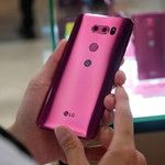 LG V30 in Raspberry Gold hands-on