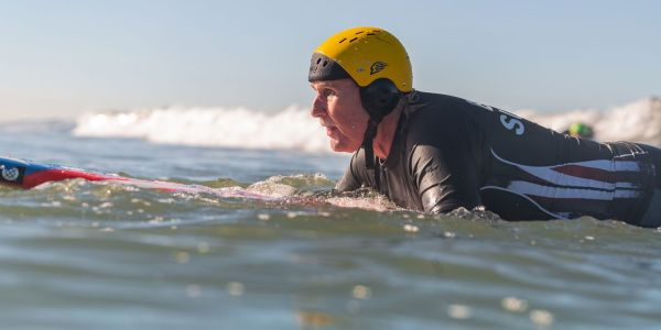 Apple celebrates VoiceOver success with story of blind veteran surfer