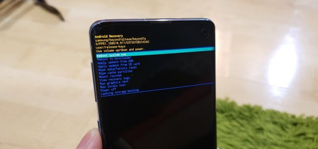 How to Boot Your Galaxy S10 into Recovery Mode & Download Mode