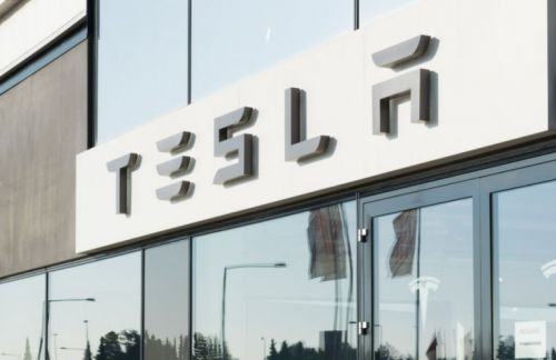 Tesla sues Zoox over manufacturing and logistics secrets