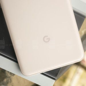 Nobody cares about the Google Pixel? Guess again