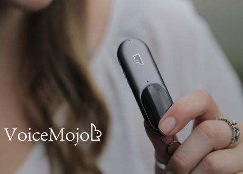 VoiceMojo Smart Wearable Voice Assistant
