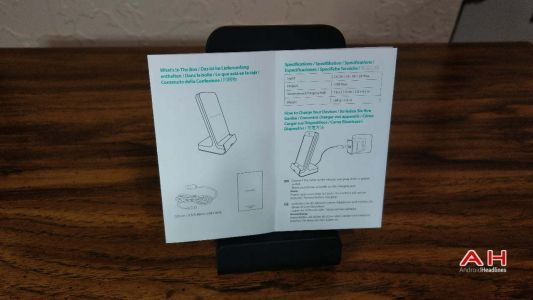 RAVPower Wireless Fast Charging Stand Review