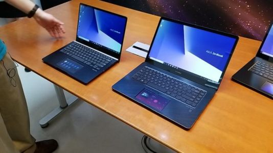 Asus ZenBook Pro 15 : A 5.5-inch Screen in the Touchpad
