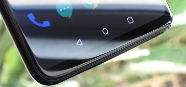 The Real Reason Android Phones with Notches Have a Chin