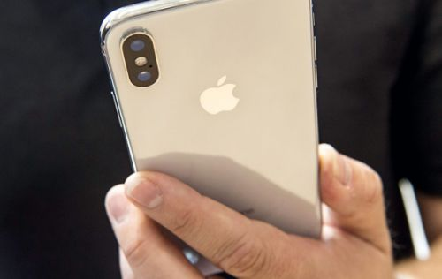 This sketchy rumor about the 2019 iPhone's new feature actually makes some sense