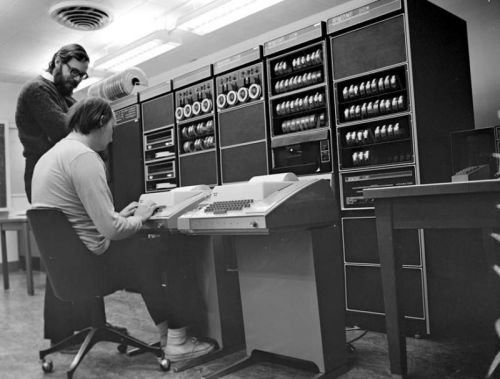 Unix at 50-it starts with a mainframe, a gator, and three dedicated researchers