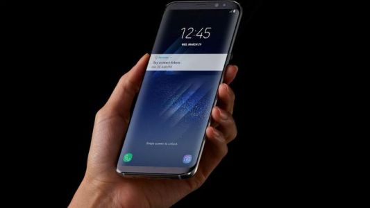 Samsung phones reported to randomly send out photos and messages
