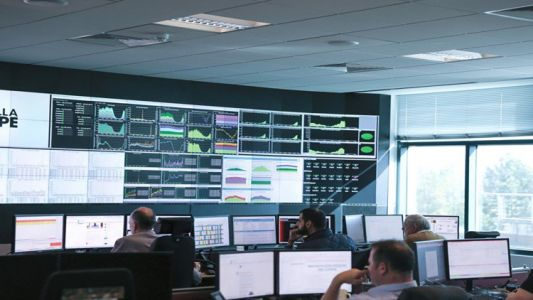 Ericsson extends deal with Three-EE network sharing partnership