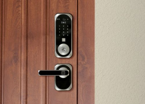 US:E smart lock with facial recognition technology