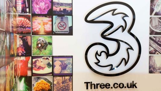 Three trials cloud core 5G network with staff