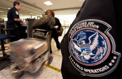 Feds agree to delete data seized off woman's iPhone during border search