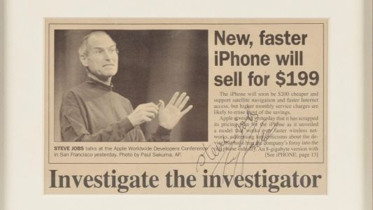Steve Jobs signed Mac OS X manual, employment application, and more up for auction, may net up to $50,000