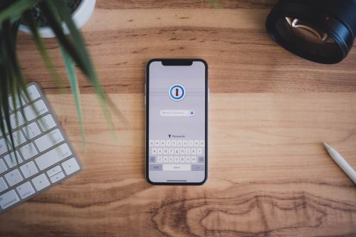 Our new course on using 1Password, some interesting apps we're trying this week, and more