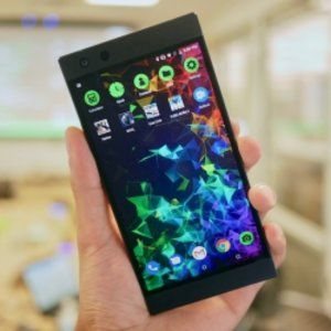 The Razer Phone 2 is Here and it Has a Glowing Logo