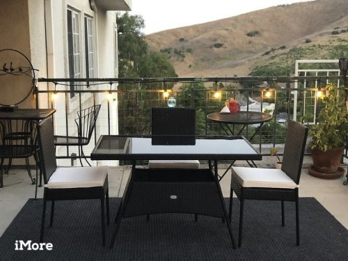 Review: Beautify your outdoor space with this wicker patio dining set