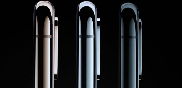 Apple Releases Smart Battery Cases For iPhone XS, XS Max, And XR