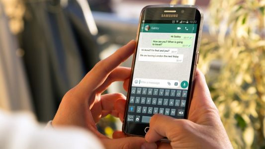 WhatsApp for Android now has a call waiting feature - here's how to use it