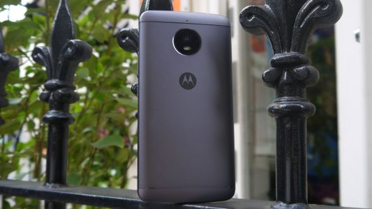 Here's what the Moto E5 and Moto E5 Plus will look like