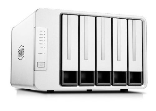New TerraMaster F5-422 5 bay NAS with 10GbE
