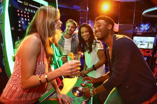 Apple Pay launches new promotion offering 50% off games at Dave & Busters