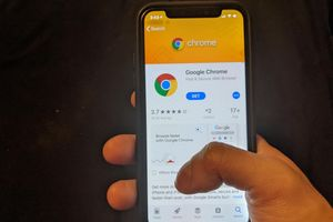 U.S. iOS users need to uninstall the Chrome browser app now