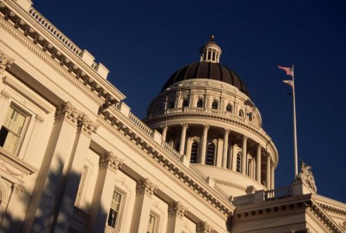 """""""Gold standard"""" net neutrality bill in US approved by California Assembly"""