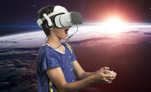 Starlight and SOTI bring Lenovo Mirage Solo VR to hospitalized kids