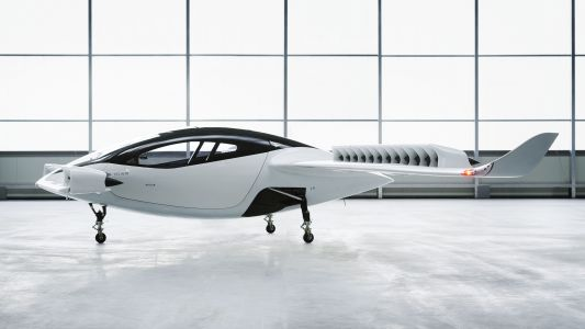 Lilium's 186mph airborne taxi takes to the air for a successful test flight