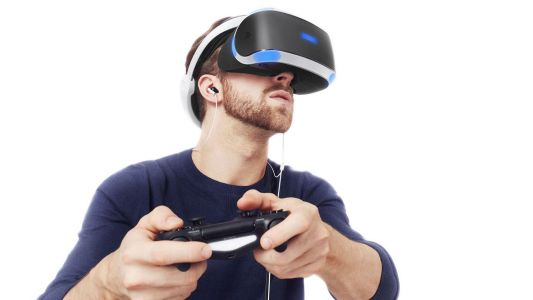 PlayStation VR patent wants to put you inside your pal's games