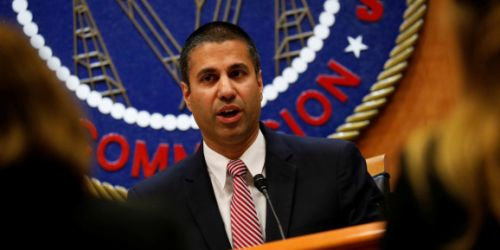 FCC votes to streamline 5G small cell approval process, paving way for 2018 rollouts
