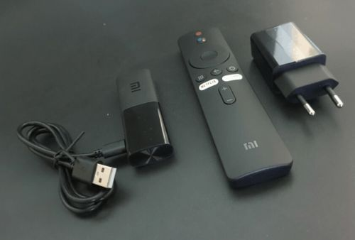 Xiaomi Mi TV Stick Appeared In Unboxing Photos Ahead Of Launch