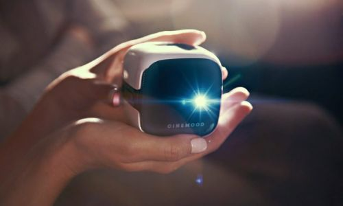 Cinemood LTE: A Mini Projector for Kids - But Will It Work?