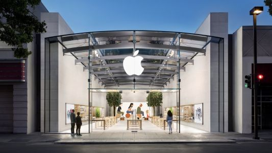 Apple Reopens All 270 Retail Stores in the United States