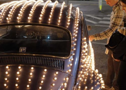 Volkswagen Beetle Covered With 1600 Computer Controlled Light Bulbs