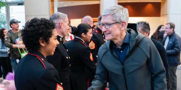 Apple gets in the holiday spirit with annual Beer Bash concert & Toys for Tots visit