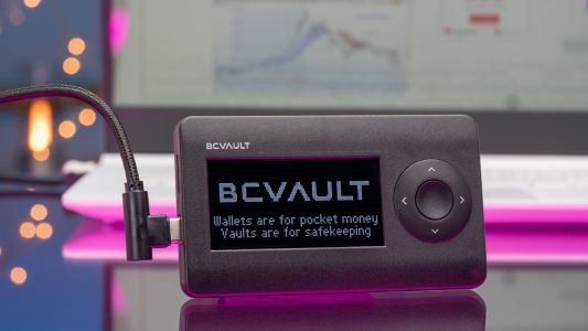 BC Vault One - A reinvention of the cryptocurrency wallet for long-term storage