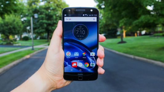 Moto Z and Moto Z Play finally receives Android Oreo in US