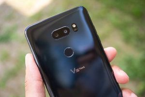 AT&T rolling out Android 9.0 Pie update to the LG V35 ThinQ