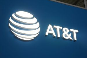 AT&T claims selling user location data wasn't illegal, but stops doing it