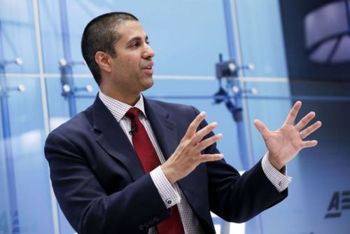 Ajit Pai orders phone companies to adopt new anti-robocall tech in 2019